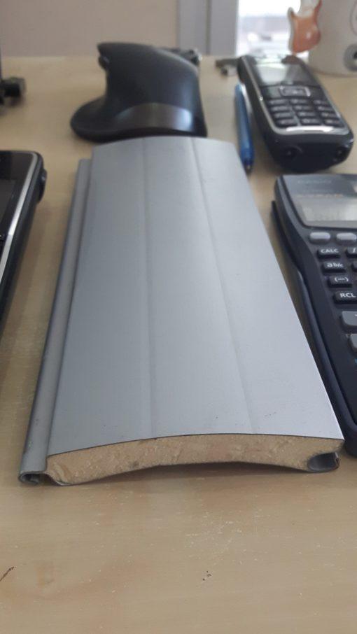SL77 Aluminyum poliüretanlı kepenk profili